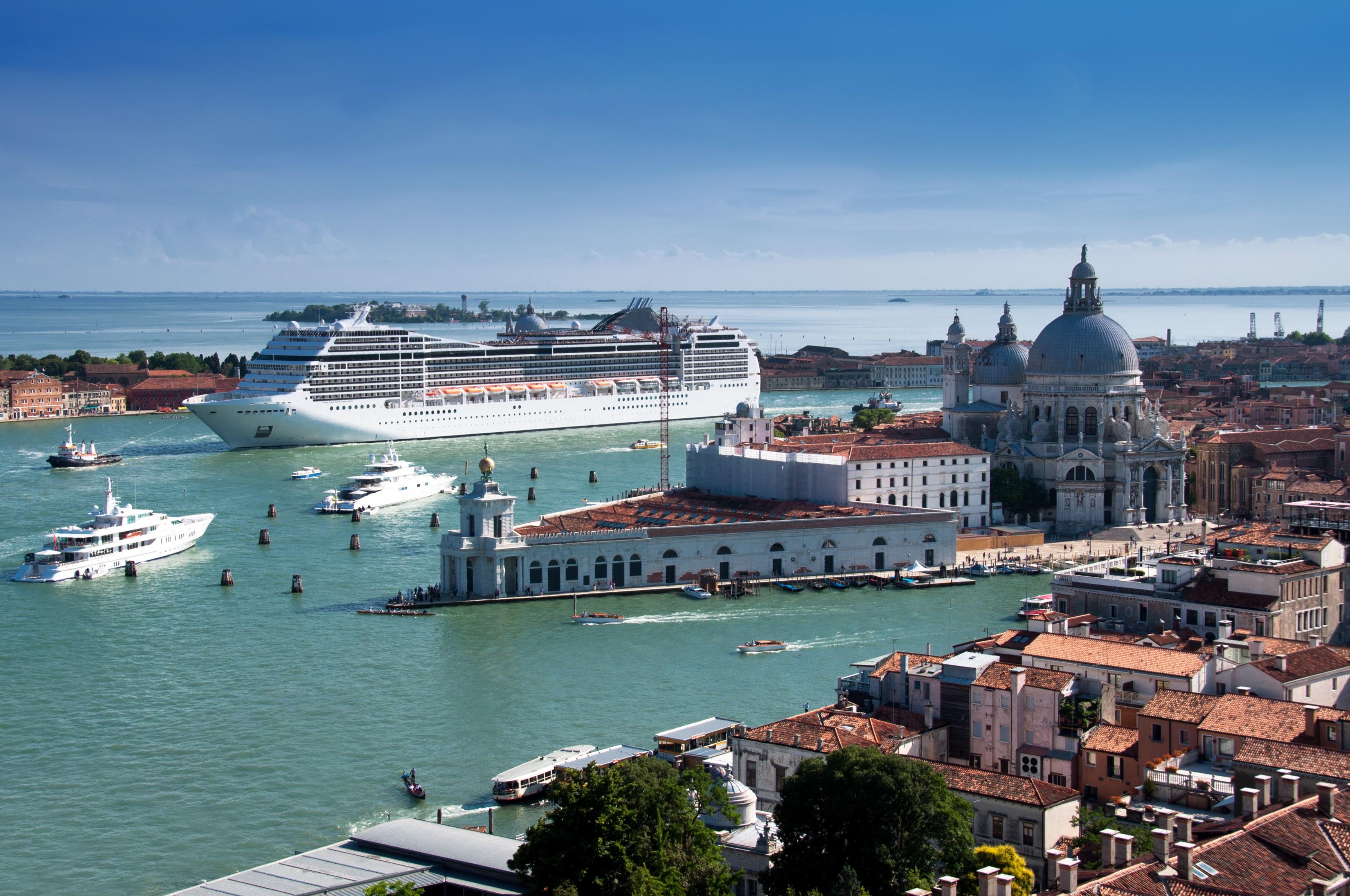 Venice Port Articles